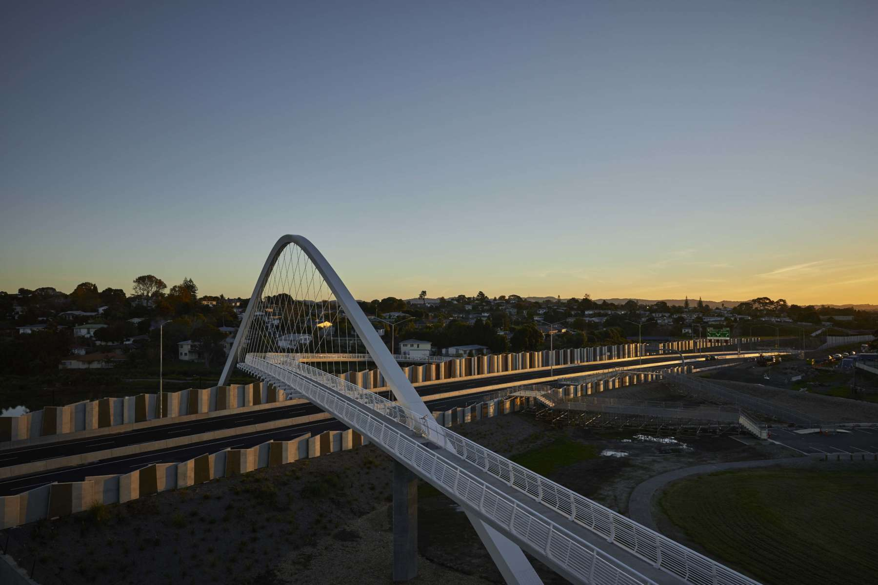 The Waterview Connection, a Bridge that Decreases Air Pollution